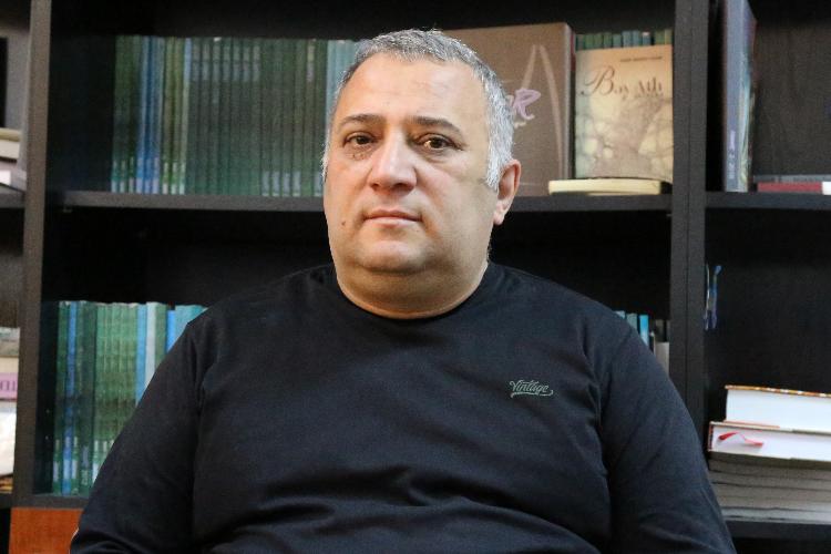 """Mübariz Örən: """"Elə bilirdim Bayram Bayramovdan böyük yazıçı yoxdur ..."""